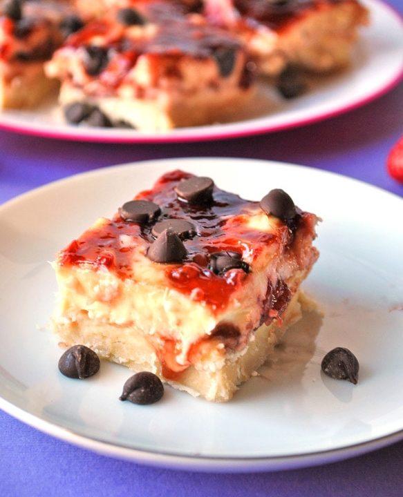 balsamic strawberry cheesecake bars