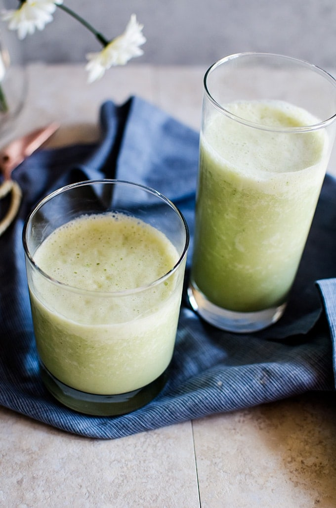 This tropical detox cactus smoothie is zingy, creamy, and tastes like you just stepped onto a beach. A healthy and delicious recipe for breakfast or as a snack!