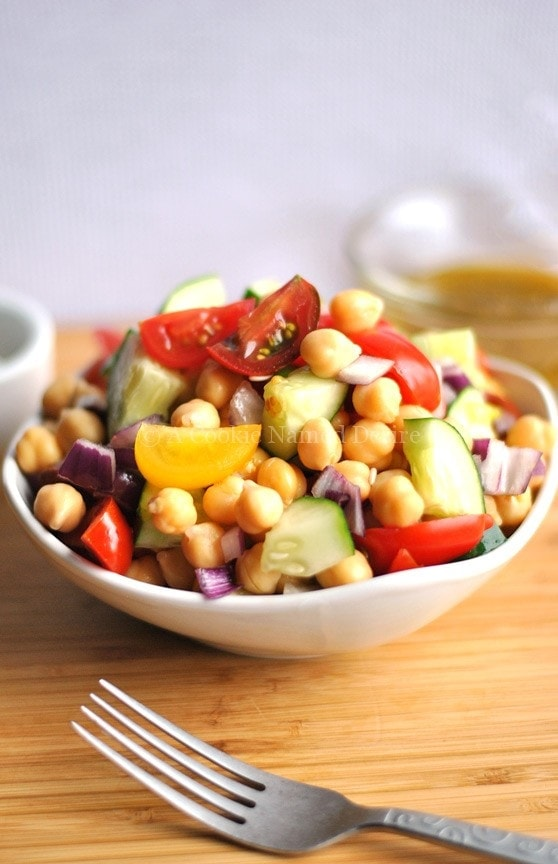 simple chickpea salad recipe