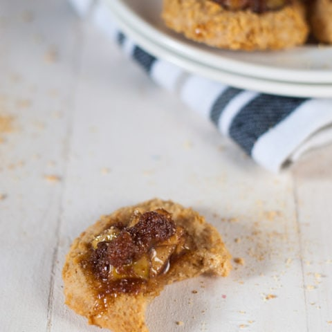 Apple Pie Thumbprint Cookies with Salted Dark Caramel | @cookiedesire