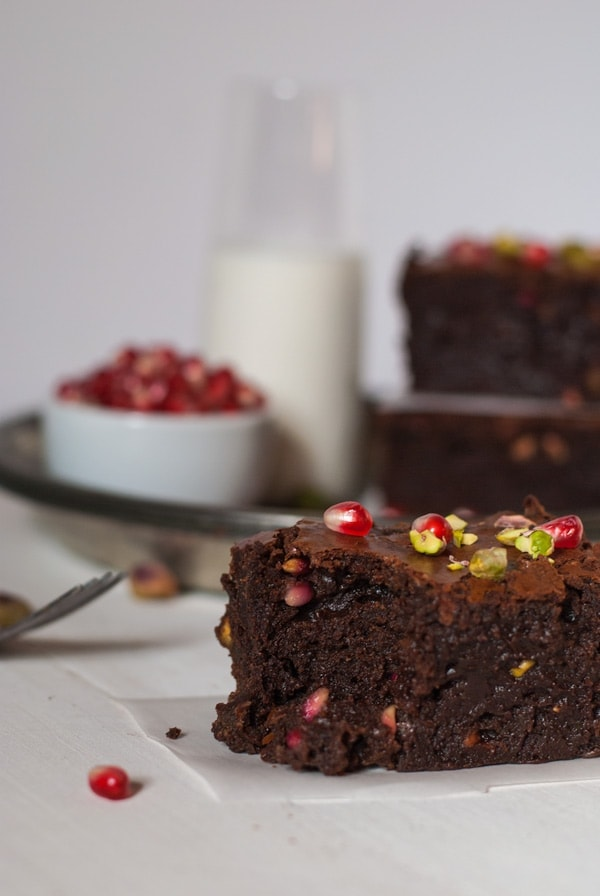 Boozy Orange Brownies with Pomegranate and Pistachio   @cookiedesire