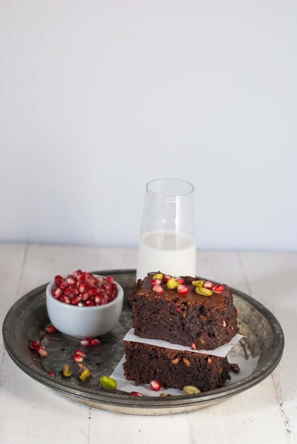 Boozy Orange Brownies with Pomegranate and Pistachio | @cookiedesire