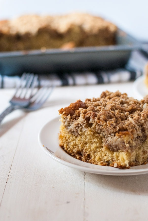 Chai-spinced apple pie coffee cake with chai crumb - perfect with a cup of coffee or tea