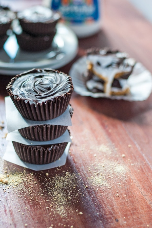 Addictively gooey s'mores candy cups. Perfect for camping.. or even #halloween !