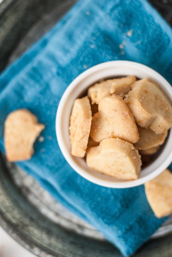 Rosemary Bergamot Cookies | @cookiedesire