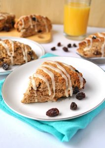 Healthy Cinnamon bun raisin scones