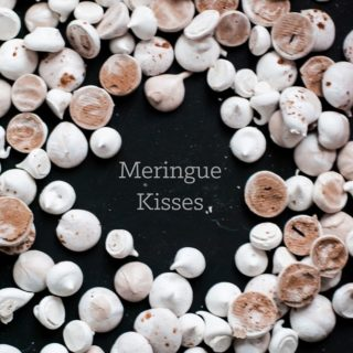 How to Make Meringue Kisses in any flavor