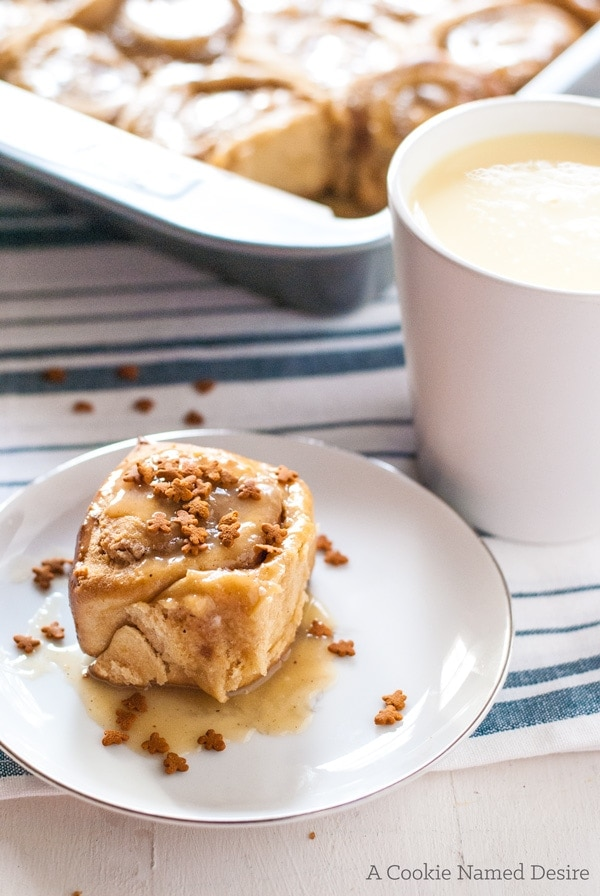 Sticky rolls with a pecan bourbon maple filling and eggnog glaze - perfect for the holidays!