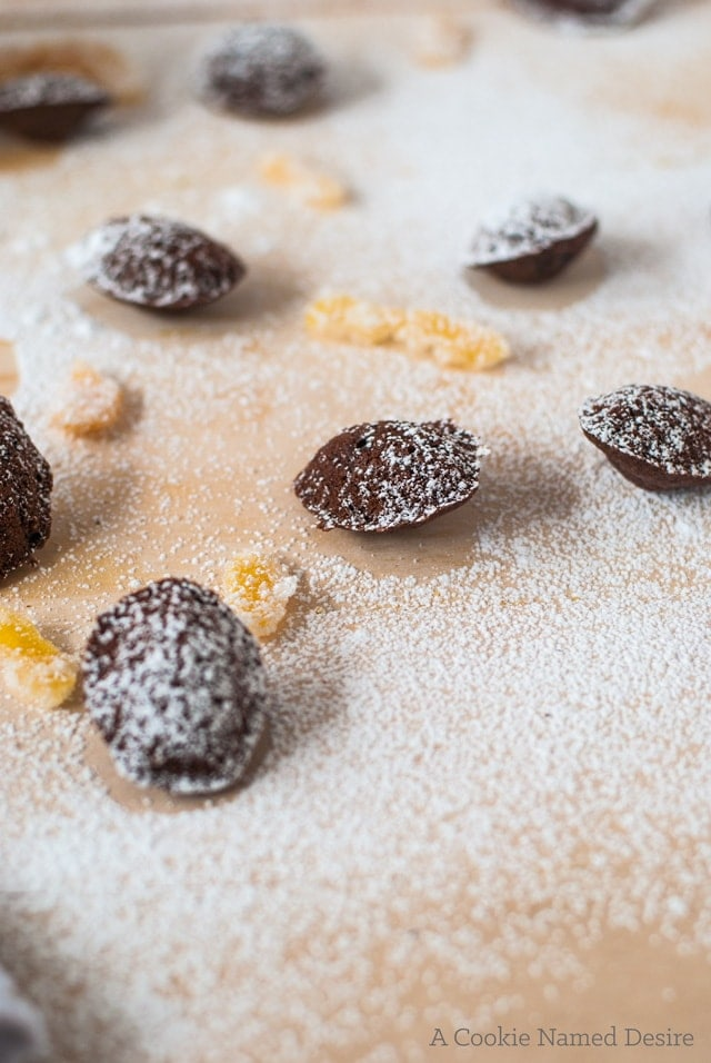 A scrumptious recipe for chocolate madeleines with chili and candied grapefruit