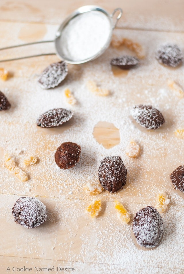 You are going to fall in love with these mini madeleines with chocolate, chili and candied grapefruit