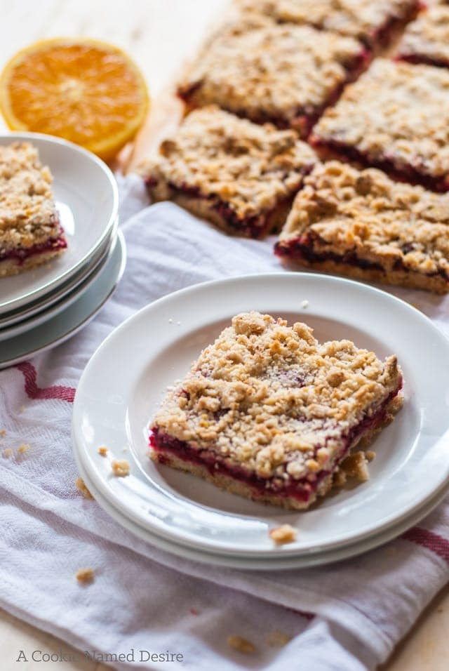 So in love with these cranberry orange crumb bars
