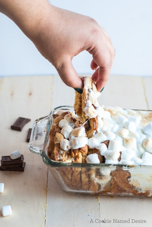 Sticky smores pull apart bread