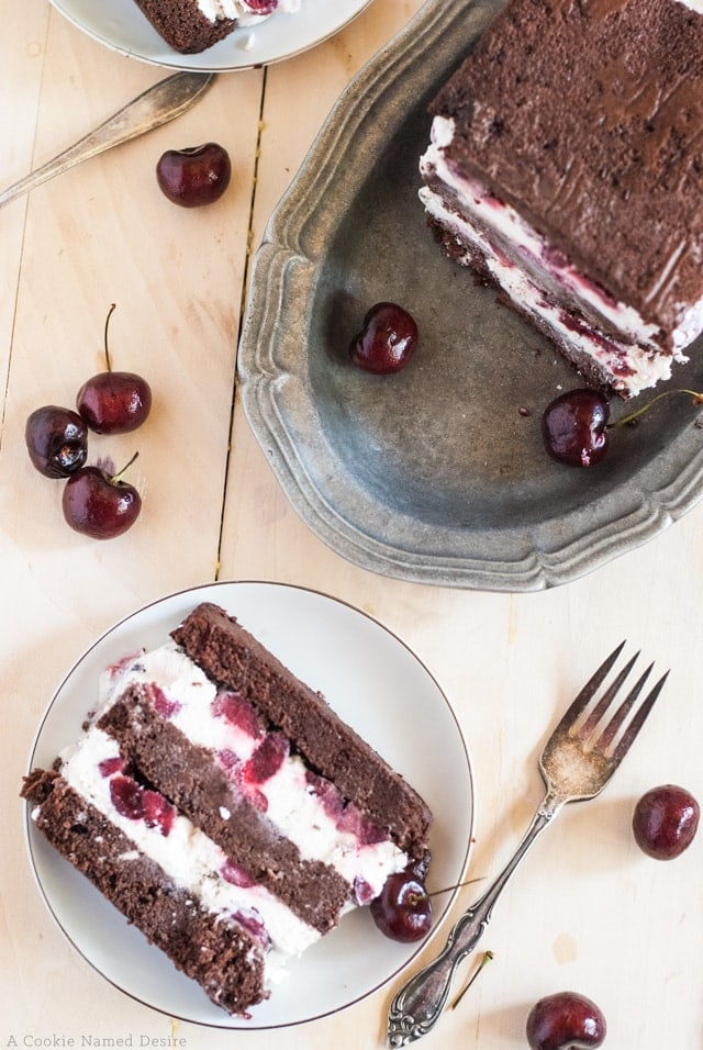 Simple black forest ice cream cake