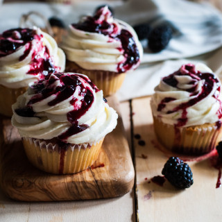 blackberry-lime-cupcakes