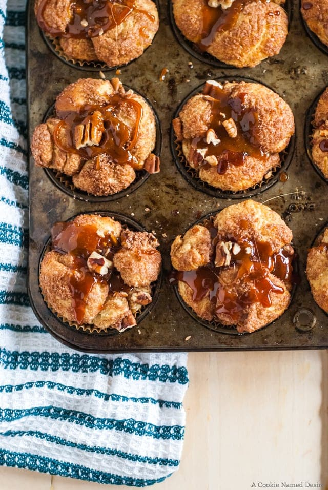 apple pecan pull apart bread with caramel