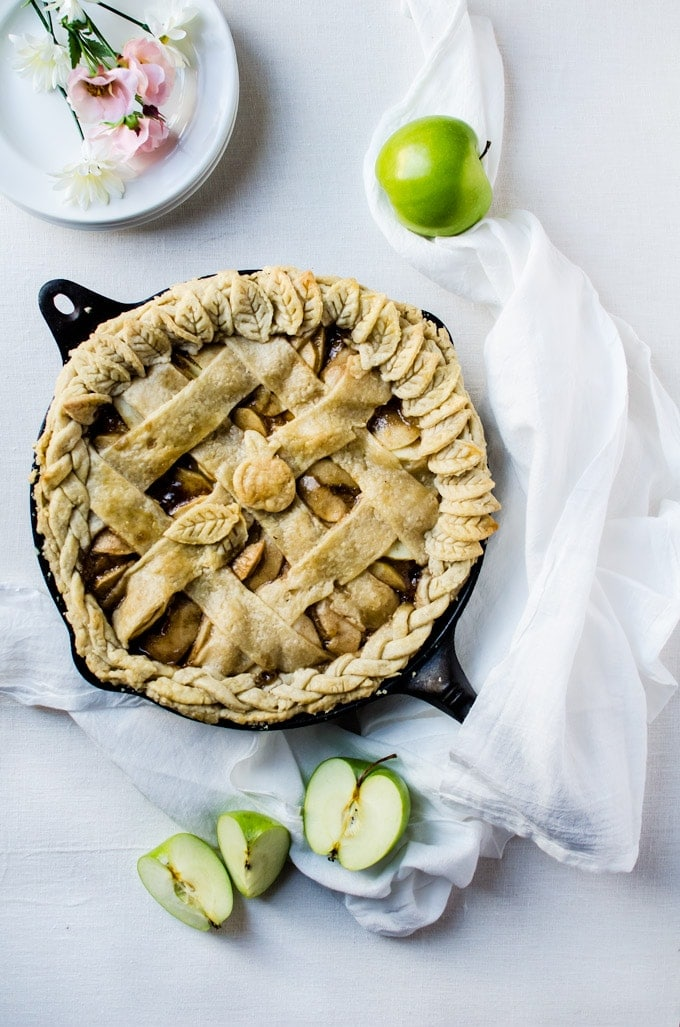 A tasty caramel skillet apple pie recipe with all the amazing flavors of autumn