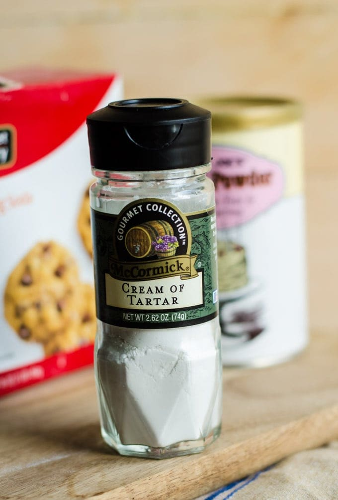 With this special ingredient you can make your own baking powder