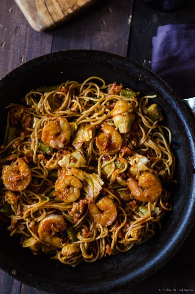Dinner sorted: shrimp and pancetta pasta with asparagus and atichoke