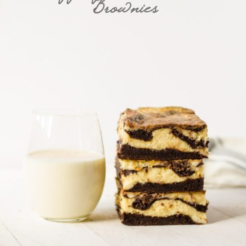 Eggnog Cheesecake Brownies - basically the best holiday dessert ever. It will even win over those eggnog haters!