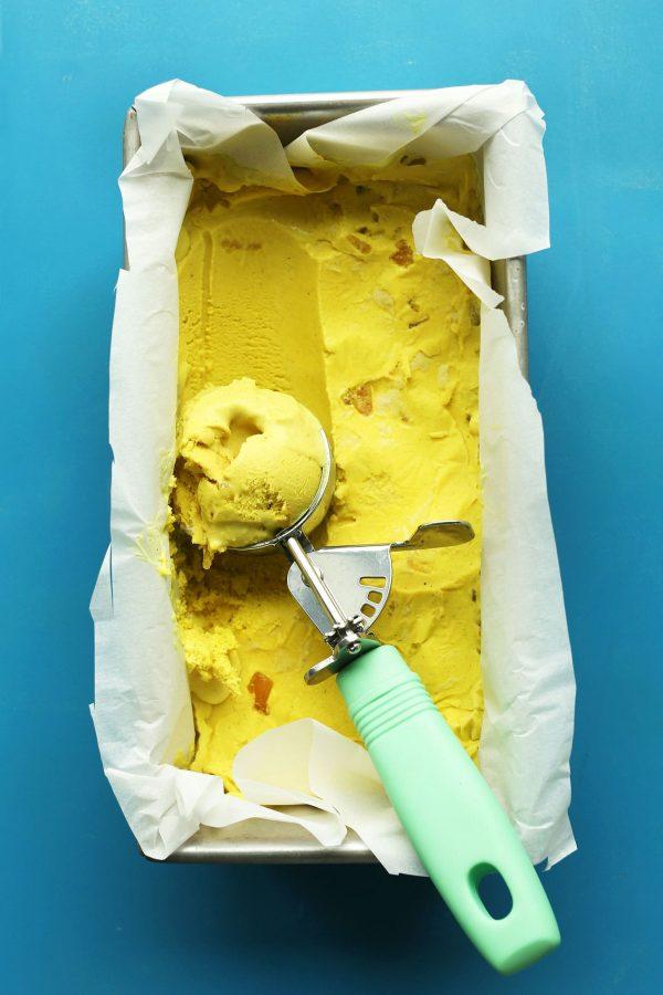 AMAZING-EASY-Golden-Milk-ICE-CREAM-vegan-glutenfree-healthy-icecream-dessert-recipe-turmeric-goldenmilk