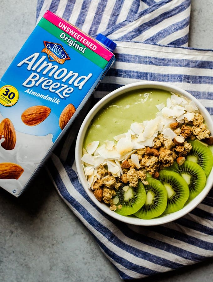 Key Lime Smoothie Bowl
