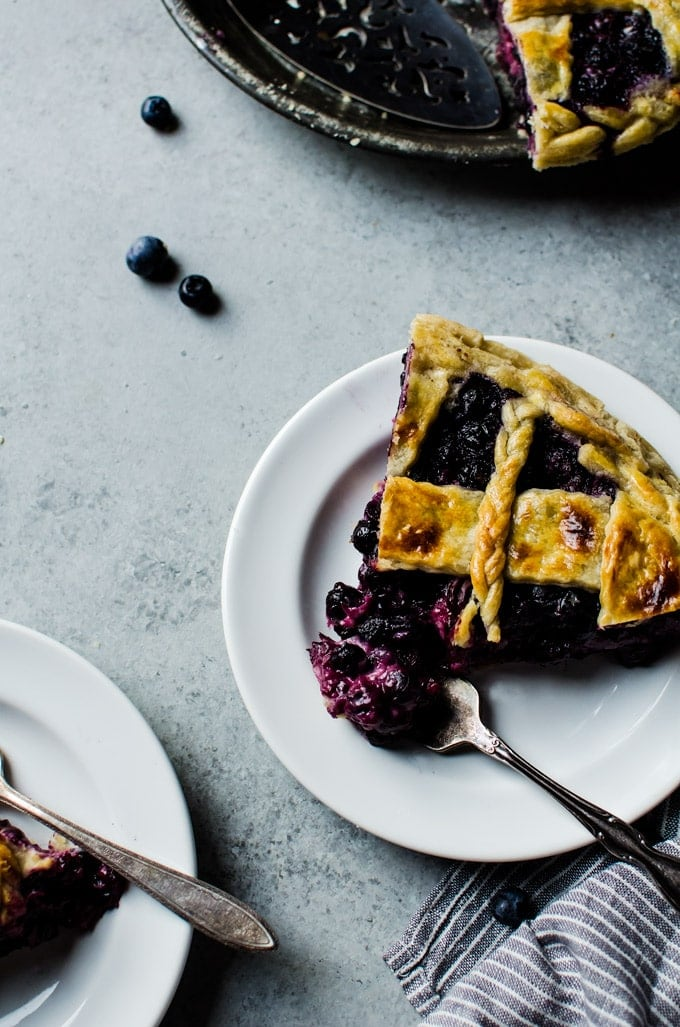 A blueberry buttermilk pie that everyone will love