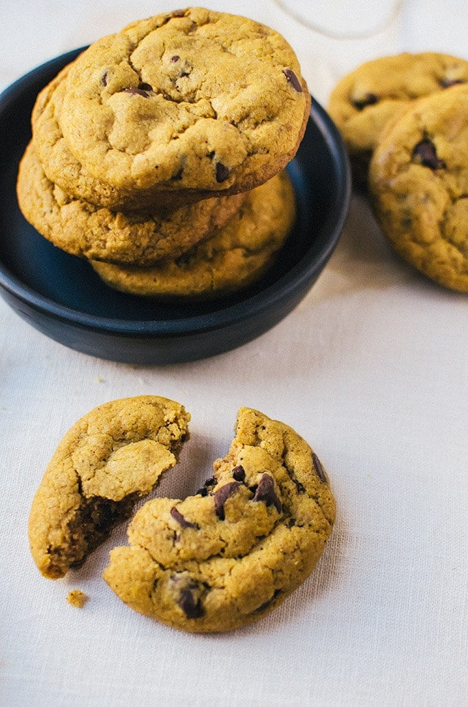 Irresistibly soft and chewy brown butter pumpkin chocolate chip cookies. Life doesn't get better than this.