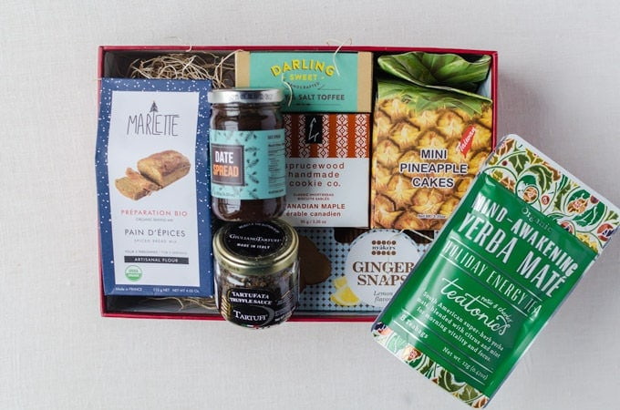 Try the World Holiday Box Review 2016 (and GIVEAWAY!)
