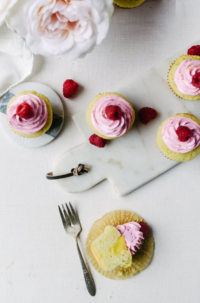 Champagne cupcakes with passionfruit curd