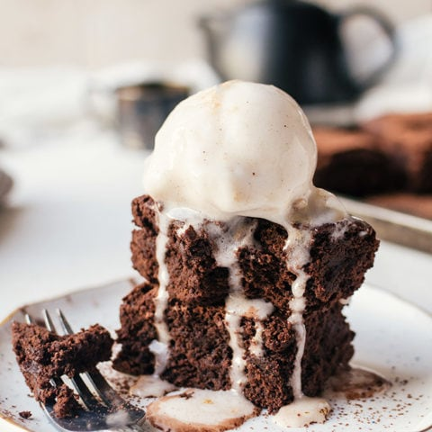 There is no way to resist these fudgy homemade chewy brownies
