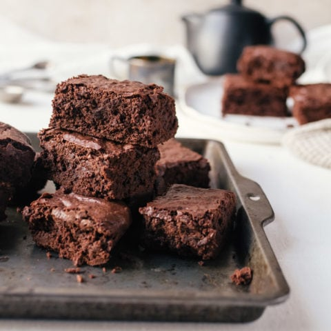 There is no way to resist these homemade chewy brownies