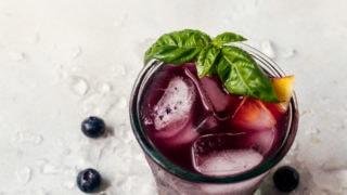 Blueberry Basil Peach Fizz