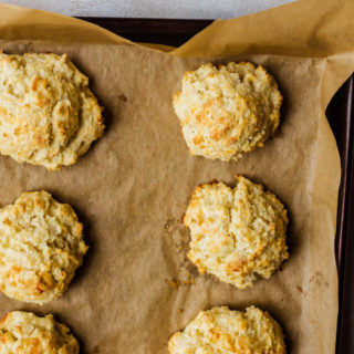 Fluffy garlic cheddar biscuits better than anything you've ever had before