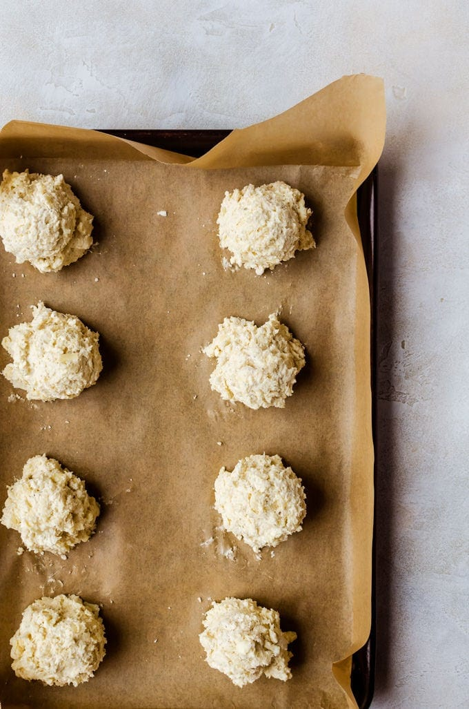 Everyone will fight over these garlic cheddar biscuits