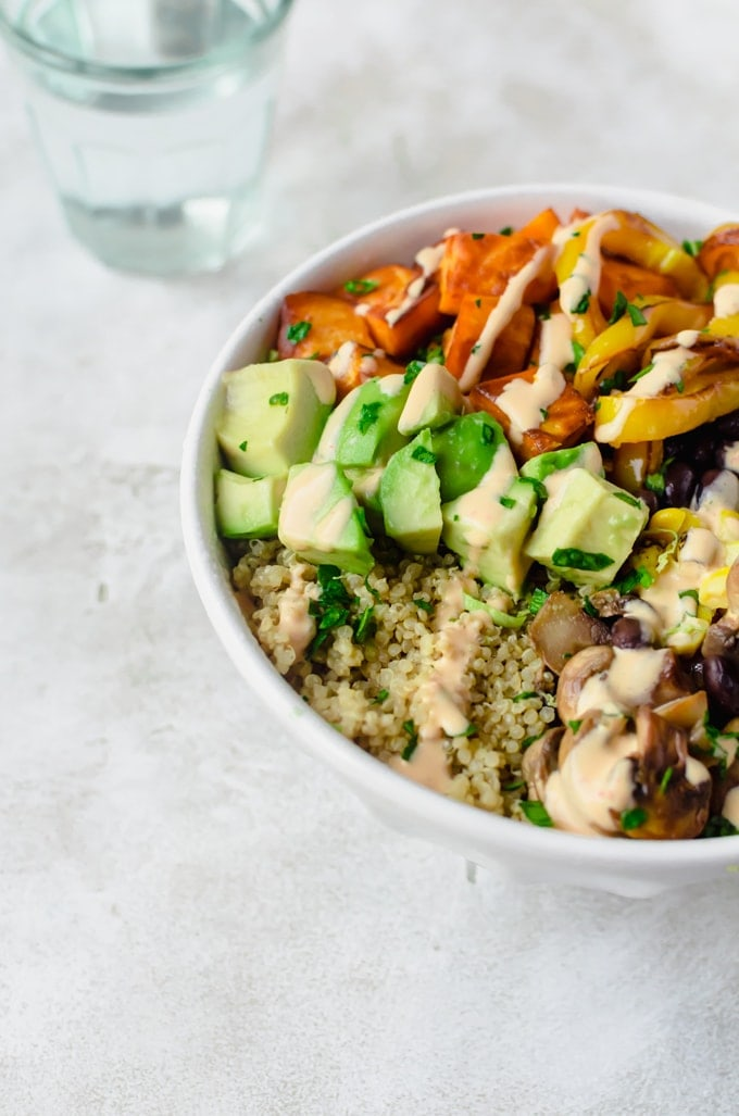 Healthy chipotle veggie bowls with all the roasted vegetables and a super creamy chipotle sauce