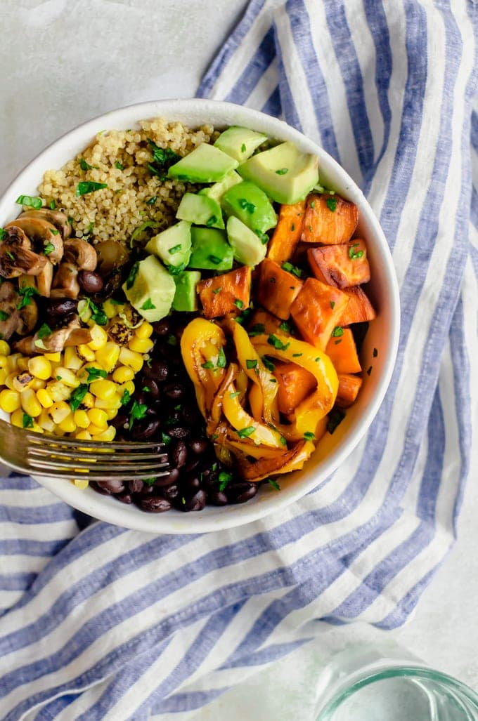 Hearty chipotle veggie bowl with all the roasted vegetables and a super creamy chipotle sauce