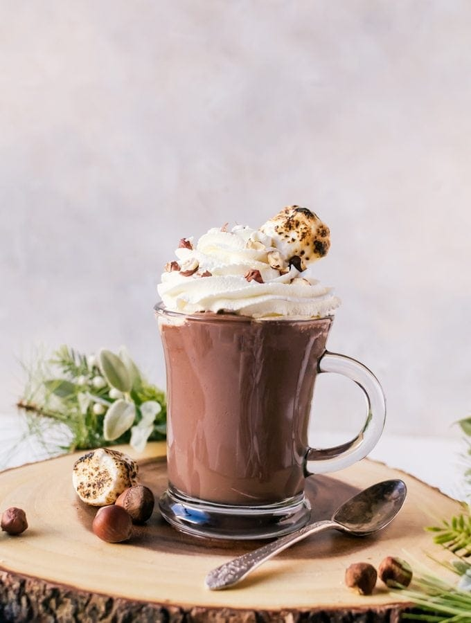 Thick, creamy, nutella hot chocolate. This drreamy concostion will be your new family favorite #nutella #hotchocolate