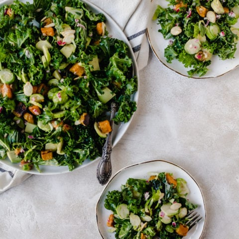 This roasted butternut squash kale salad is not your average salad by a long shot. This detox salad is packed with flavor and nutrients. #detox #salad #kale