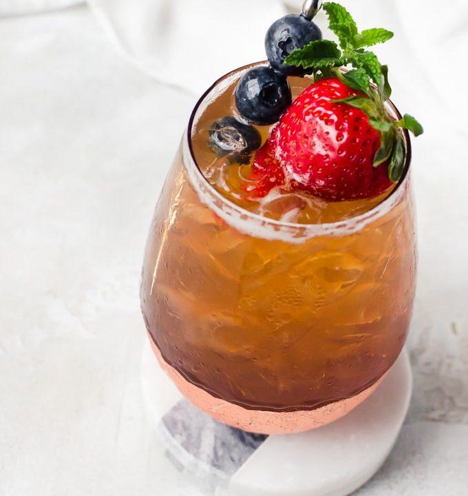 fresh strawberry cocktail recipe