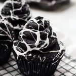 straight on spiderweb cupcakes