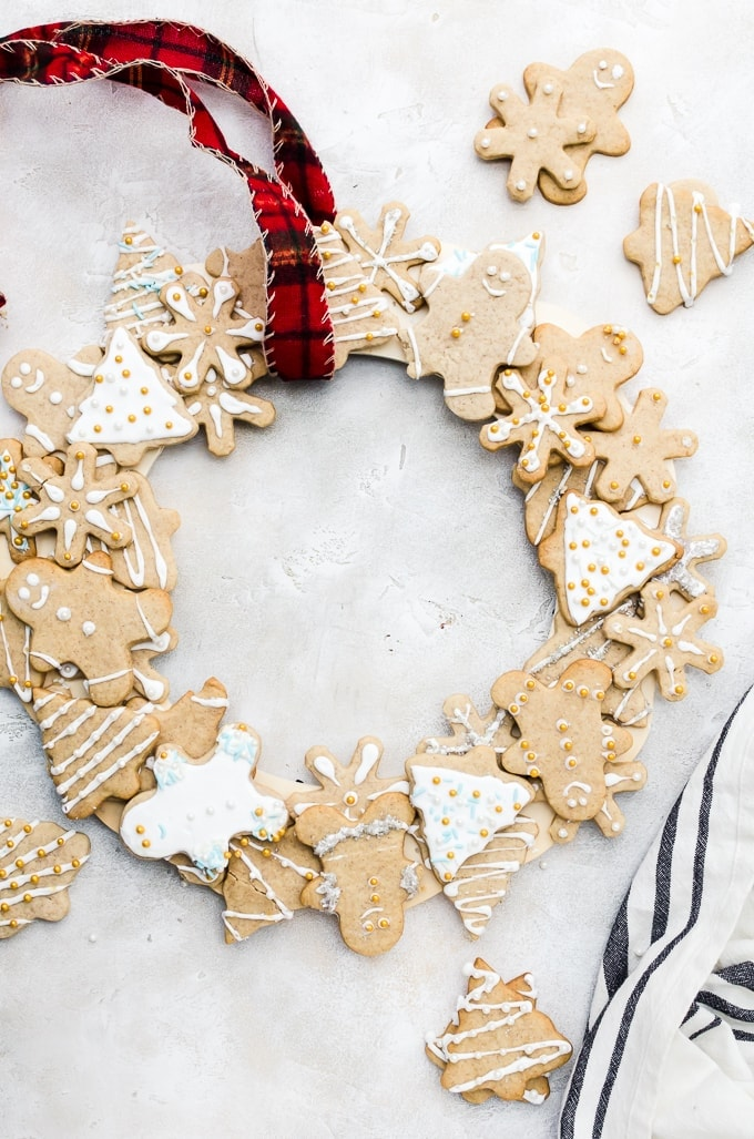 holiday cookie wreath