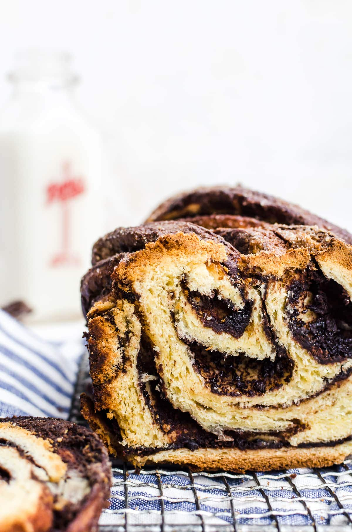 cookie butter chocolate babka close up swirls