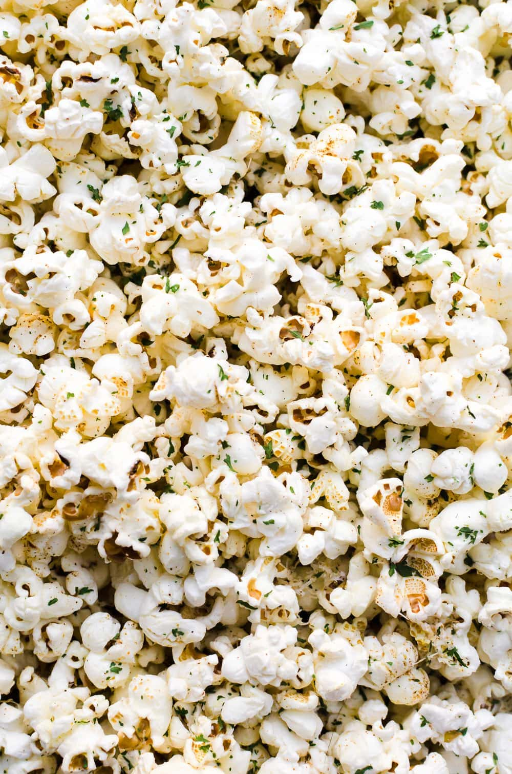 close up garlic parmesan popcorn