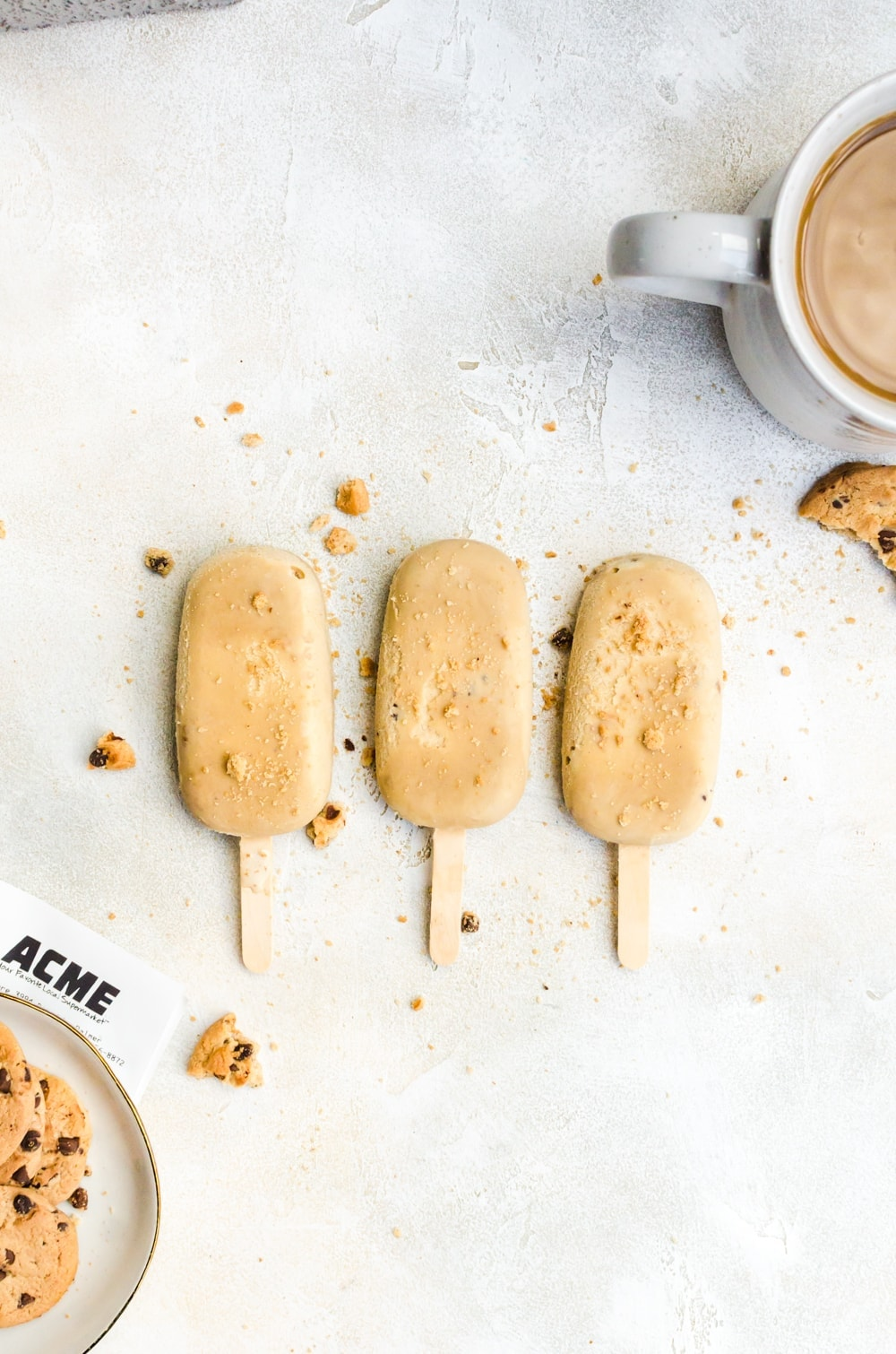 coffee ice cream pops with chocolate chip cookies