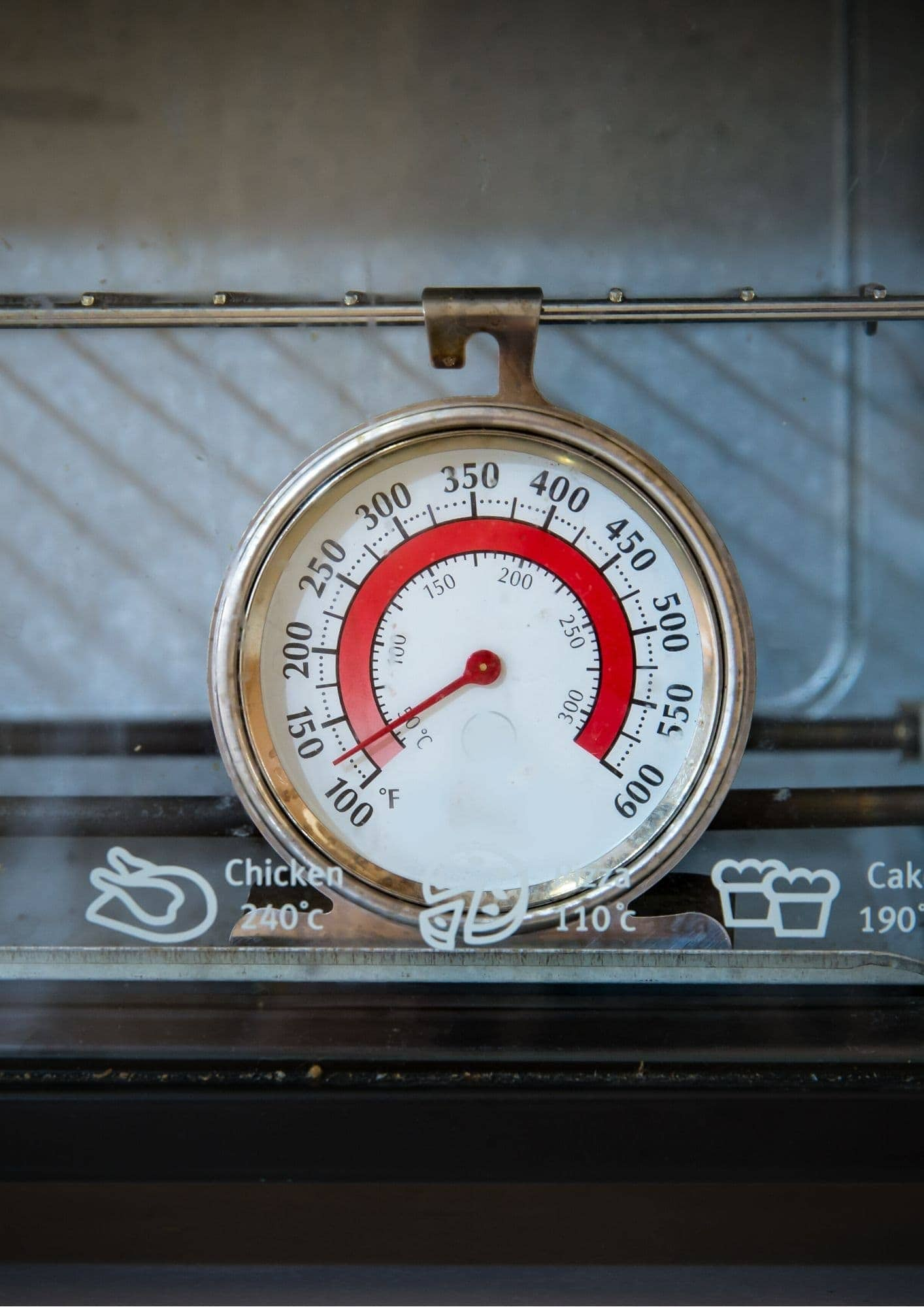 close up oven thermometer for better baking