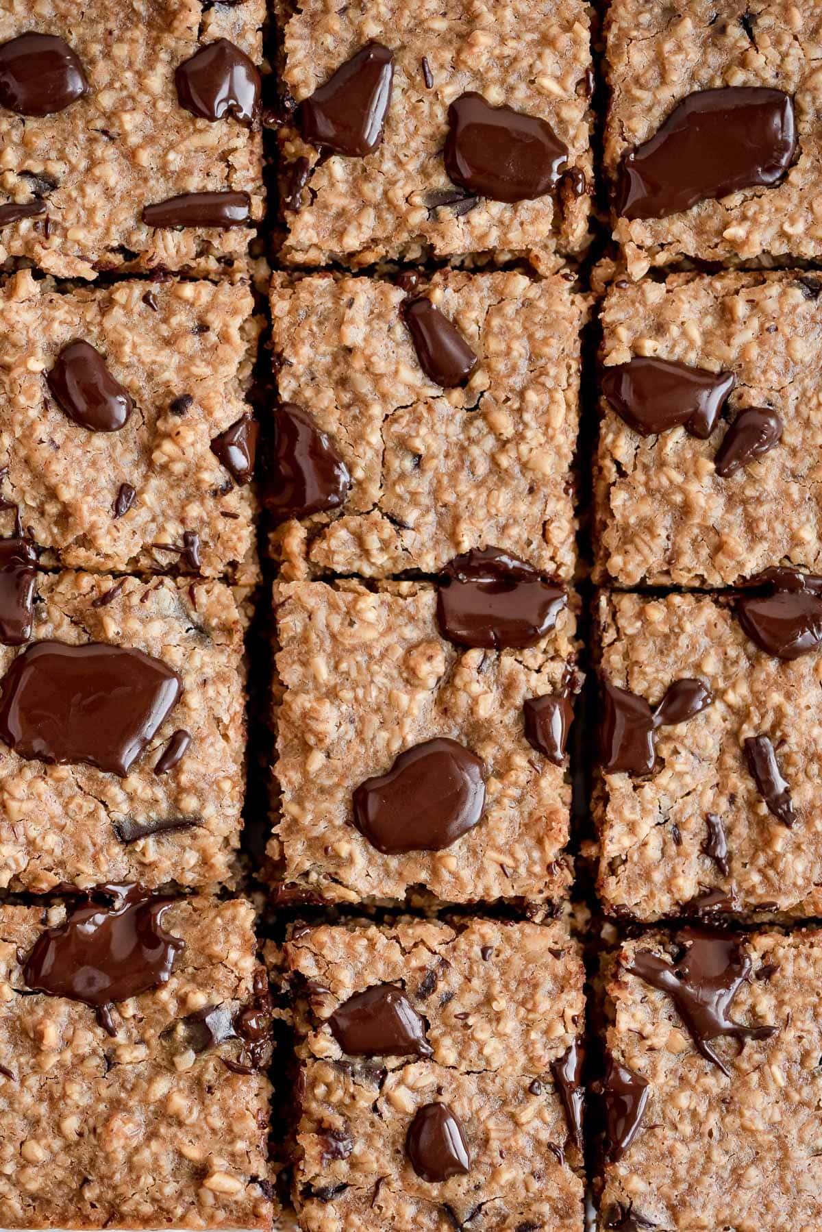 close up baked oatmeal bars